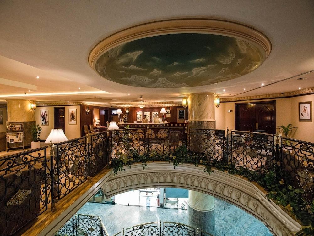 Book landmark plaza baniyas in dubai for Hotel de dubai