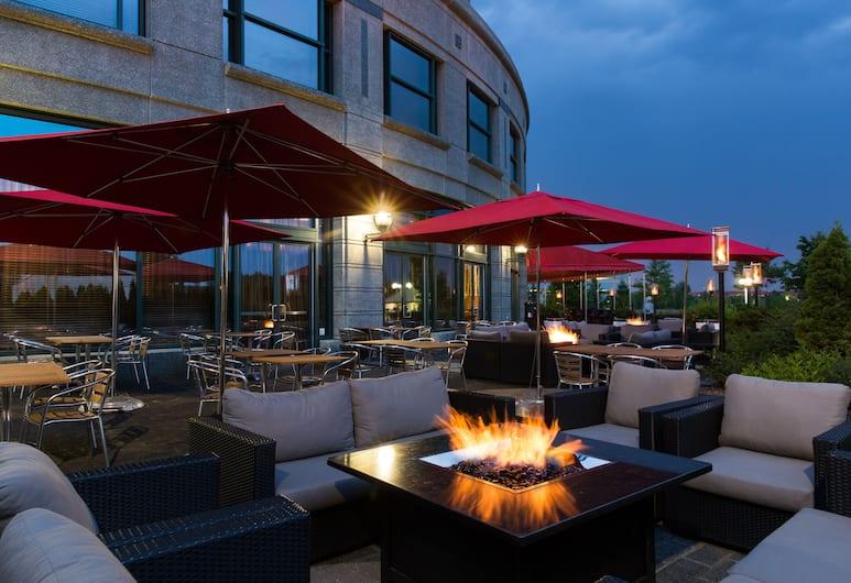 布魯克街酒店, 渥太華, 陽台