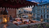 Choose This Historic Hotel in Venice -  - Online Room Reservations