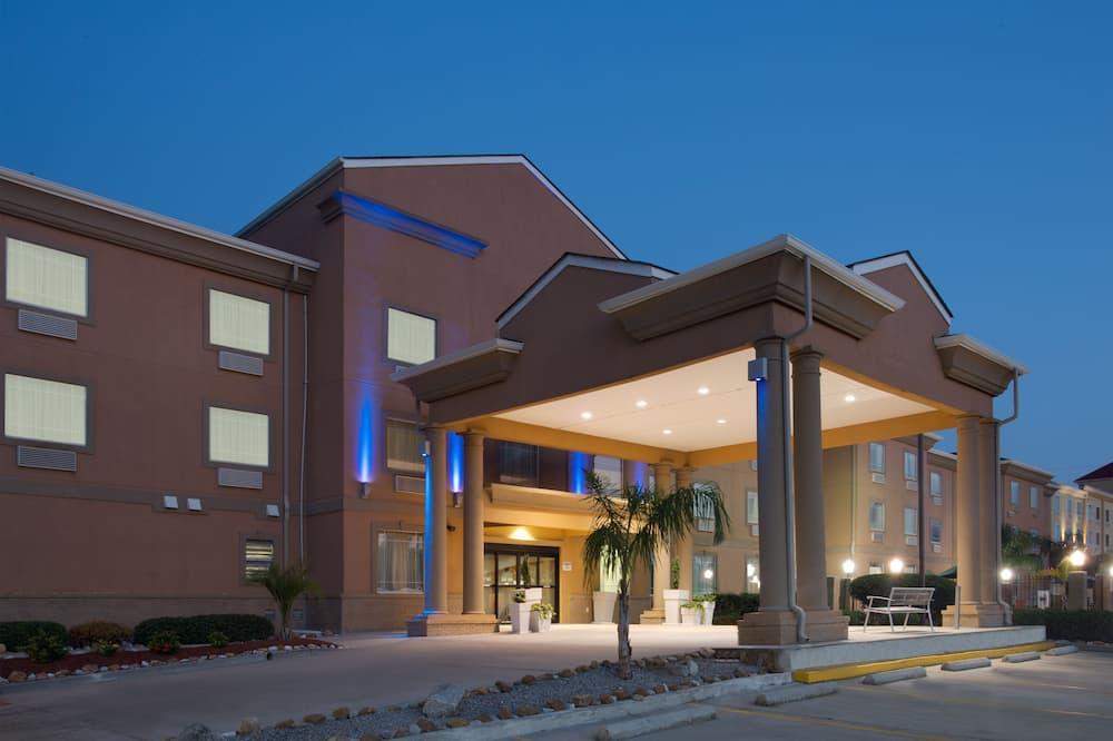 Holiday Inn Express Harvey-Marrero, an IHG Hotel