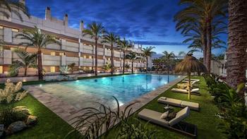 Фото Alanda Hotel Marbella у місті Марбелья