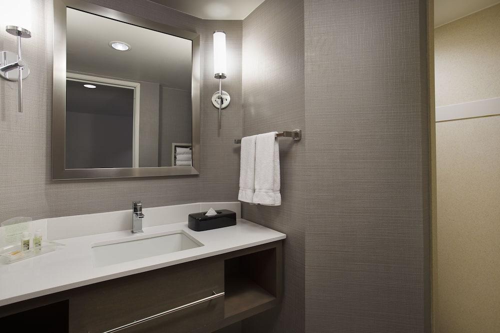 Standard Room, 1 Katil Raja (King) - Bilik mandi