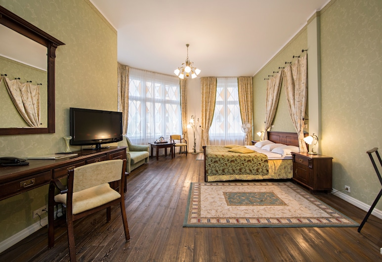 Taanilinna Hotel, Tallinn, Deluxe Double Room, Guest Room