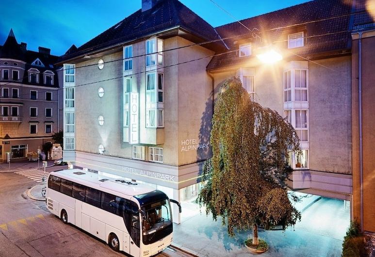 Alpinpark Hotel, Innsbruck, Façade de l'hôtel - Soir/Nuit