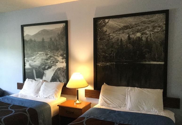 Super 8 by Wyndham Highland NY, Highland, Dvivietis kambarys, 2 standartinės dvigulės lovos, Svečių kambarys