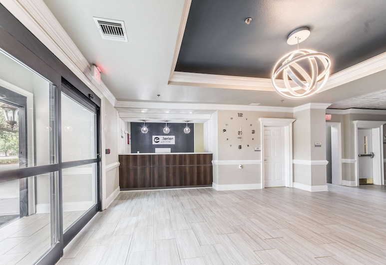 Clarion Pointe, Lafayette, Lobby
