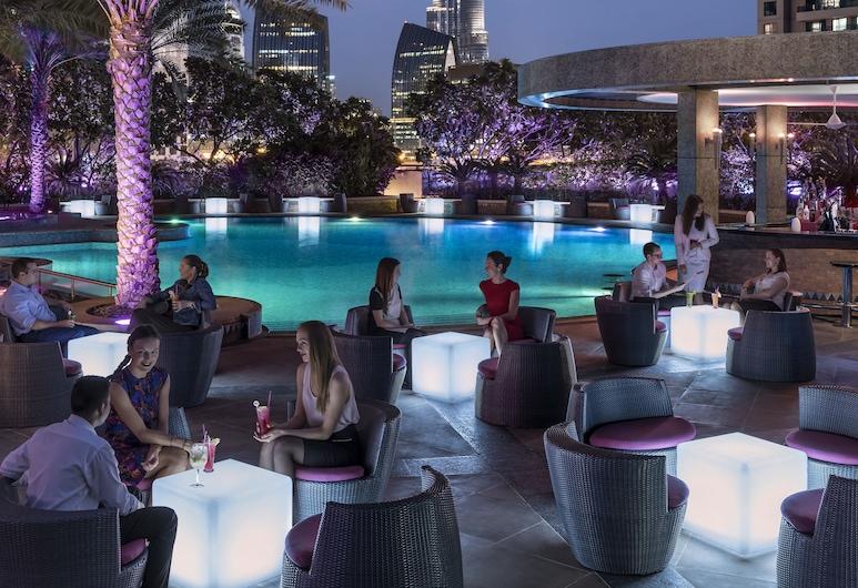 香格里拉杜拜飯店, 杜拜, 池畔酒吧
