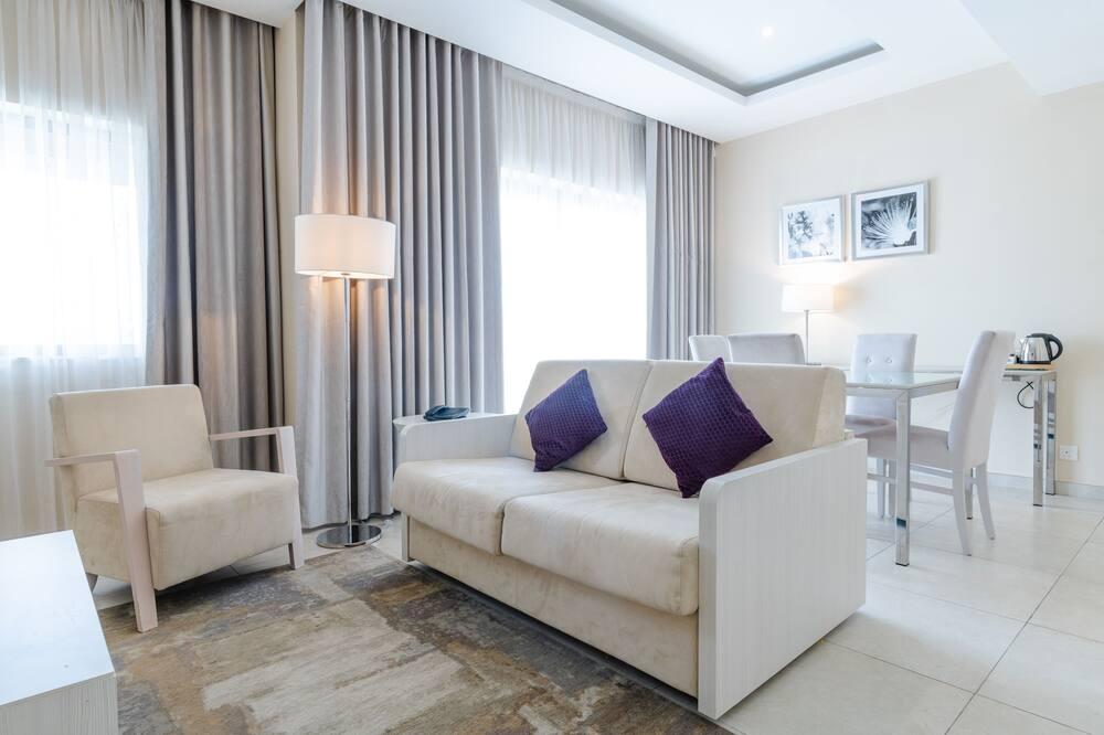 Deluxe suite, masažna kada - Dnevni boravak