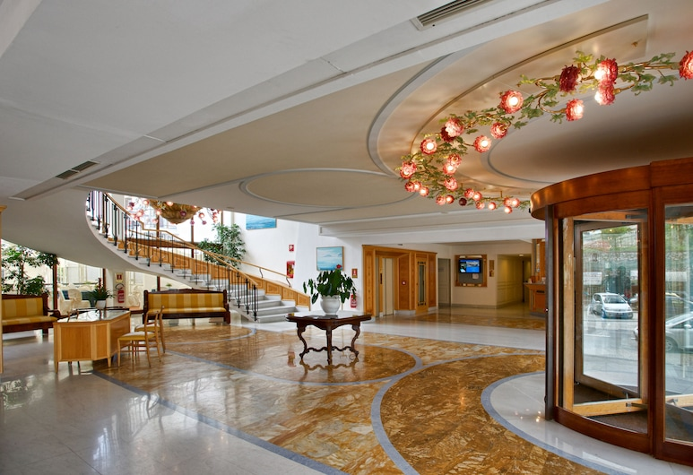 Grand Hotel Flora, Sorrento, Recepcja