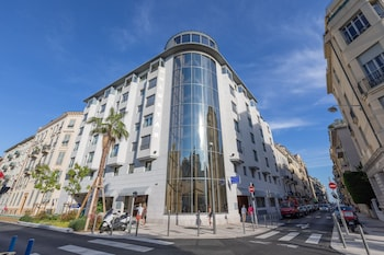 Picture of Goldstar Suites Nice  in Nice