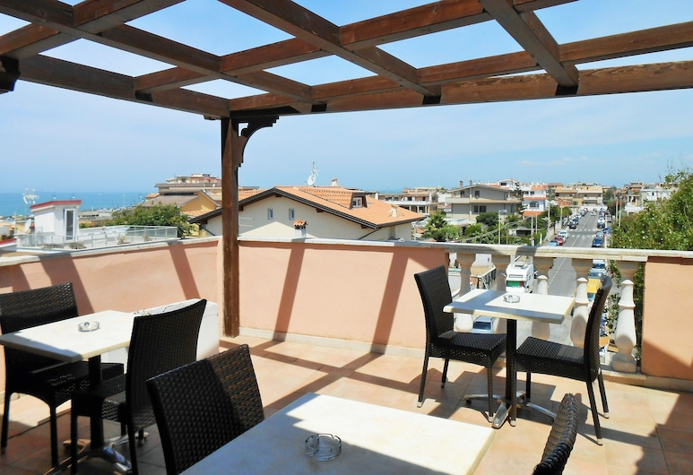 Hotel Riviera Airport, Sure Hotel Collection by Best Western, Fiumicino, Terrasse/Patio