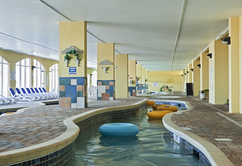Camelot By The Sea by Oceana Resorts, Myrtle Beach, Alberca al aire libre