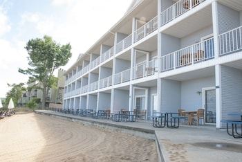 Picture of Grand Beach Resort Hotel in Traverse City