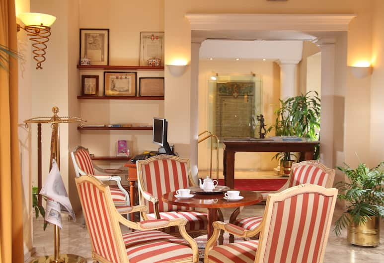 호텔 델레 비토리에, 로마, 호텔 라운지