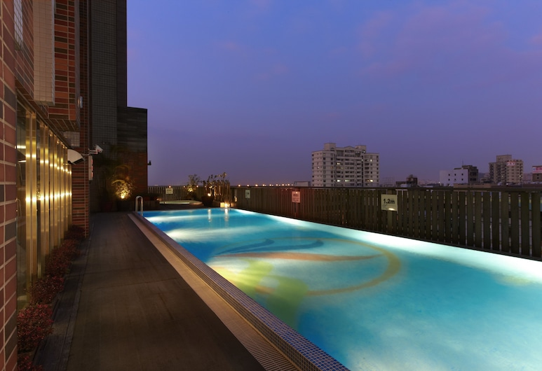 Hotel Kuva Chateau, Taoyuan City, Открытый бассейн
