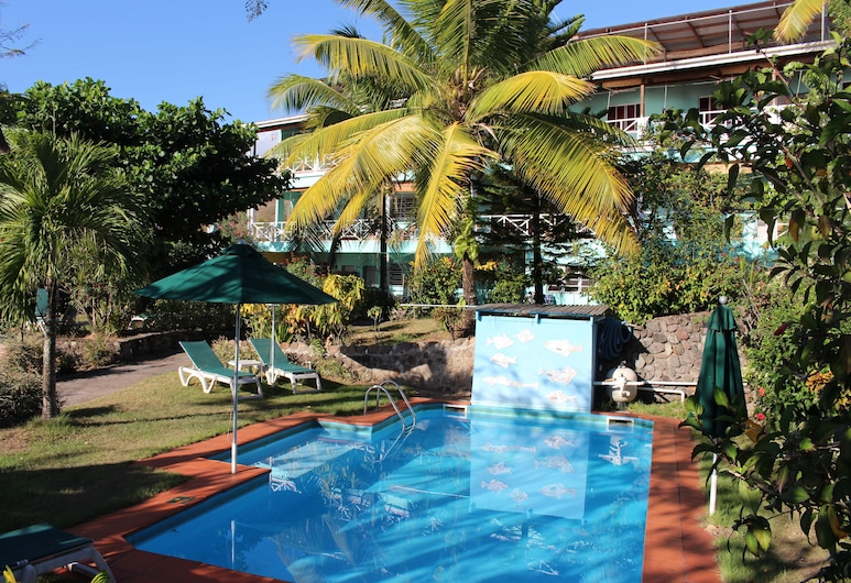 Tamarind Tree Hotel and Restaurant, Salisbury, Pool