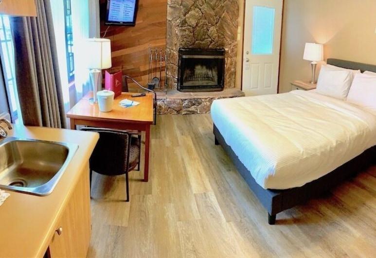 Sunwapta Falls Rocky Mountain Lodge, Cascadas del Sunwapta, Habitación estándar, 1 cama Queen size, Habitación