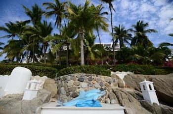 Picture of Dolphin Cove Inn in Manzanillo
