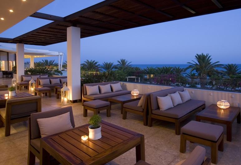 Alion Beach Hotel, איה נאפה, טרקלין המלון