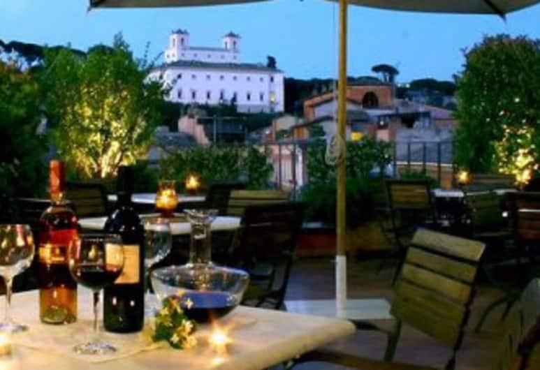 Hotel Mozart, Рим