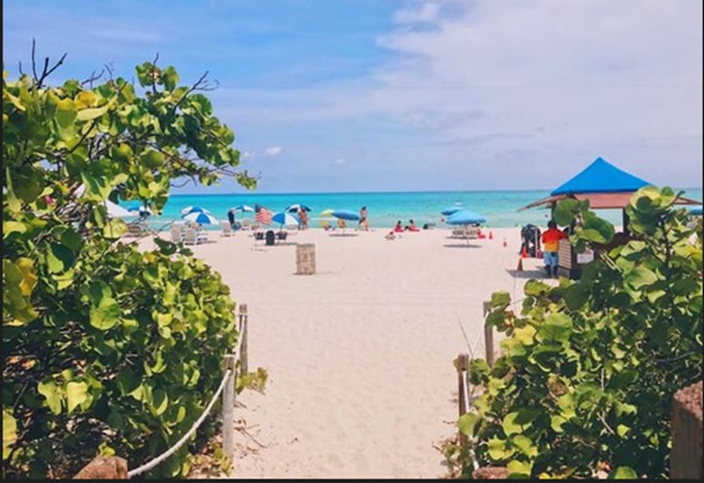 Ocean Spray Hotel, Miami Beach, Strand