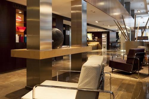 AC・ホテル・イルラ・バイ・マリオット/