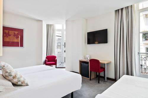 艾巴桑坦德酒店/