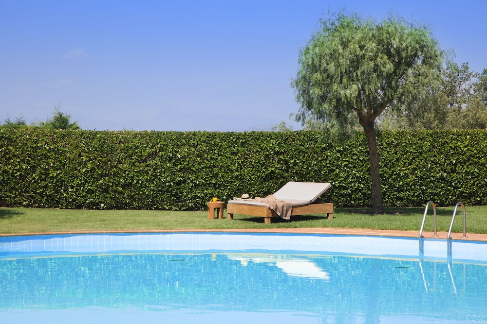 hotel peralada wine spa u golf perelada garden