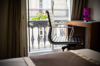 Picture of Art Hotel Lafayette in Paris