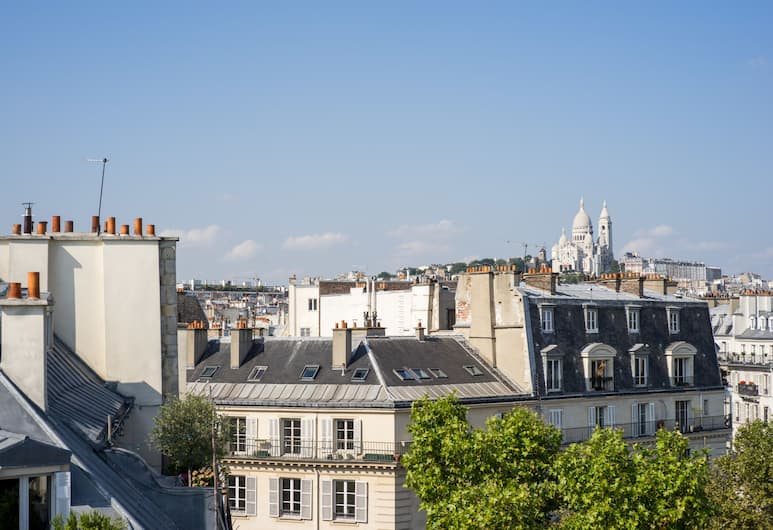 Art Hotel Lafayette, Paris, View from Hotel