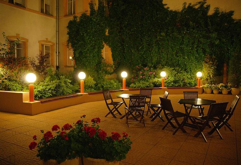 Hotel Reytan, Varšava, Terasa