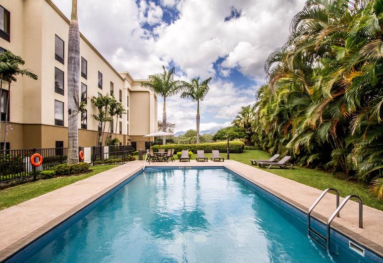 Hampton Inn & Suites by Hilton San Jose-Airport, Alajuela, Outdoor Pool