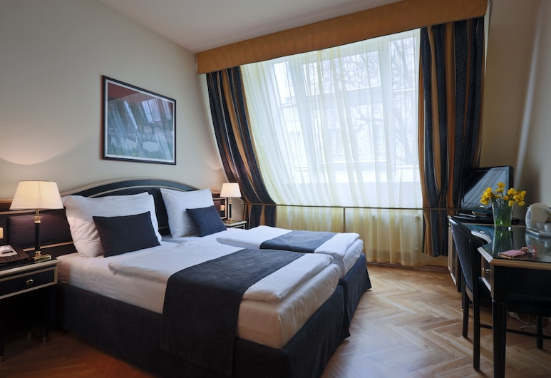 Hotel Elysee, Praag, Standaard kamer, 1 twee- of 2 eenpersoonsbedden, Uitzicht vanaf kamer