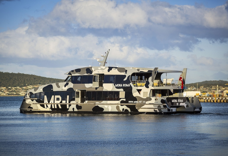 Quest Waterfront Serviced Apartments, Hobart, Property Grounds
