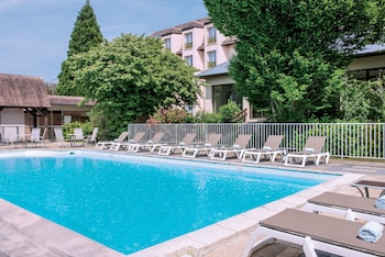 Obrázek hotelu Hôtel Vacances Bleues Les Jardins de Deauville ve městě Saint-Martin-aux-Chartrains