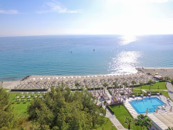 Picture of Aegean Melathron Thalasso Spa Hotel in Kassandra