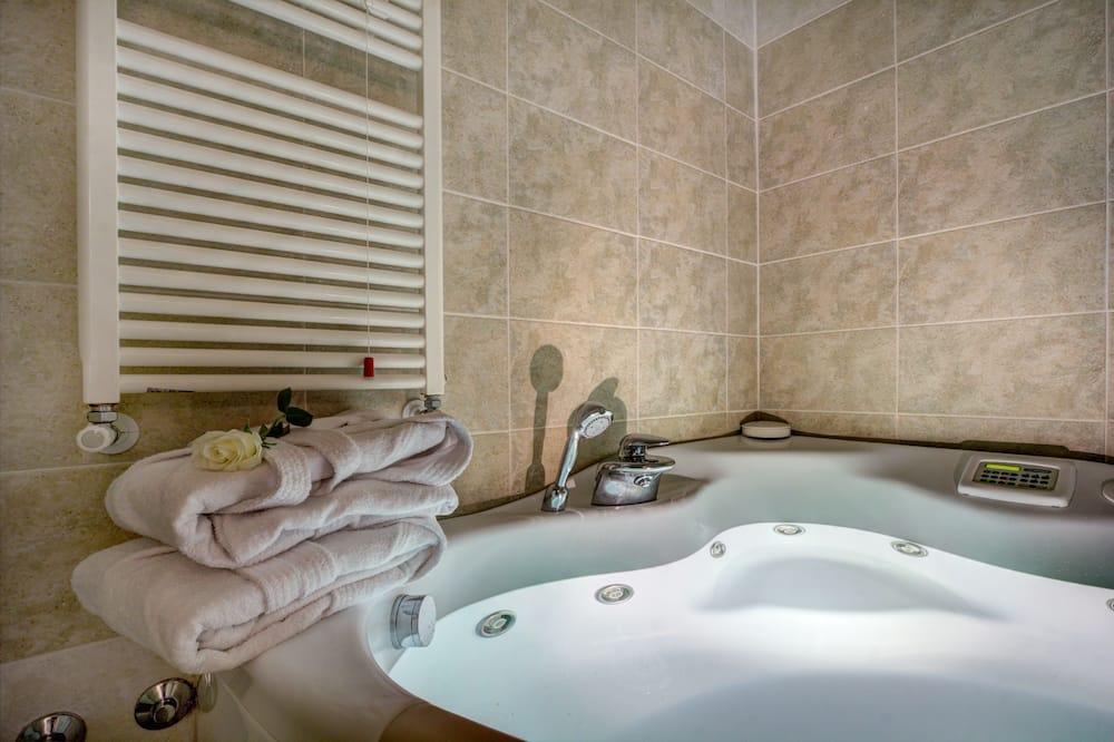 Deluxe Tek Büyük Yataklı Oda, 1 Yatak Odası - Banyo