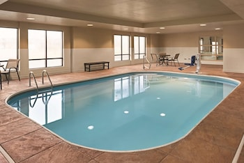 Picture of Country Inn & Suites by Radisson, Dayton South, OH in Dayton