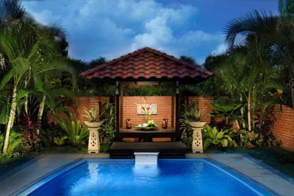 Honeymoon Villa, 2 Bedrooms, 4 Breakfasts - Piscina al aire libre