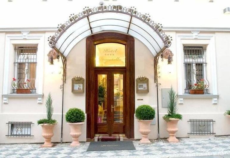 Donatello Hotel, Prague, Hotel Entrance