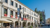 Hotel Close to , This Hotel is Near