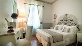 Choose This Cheap Hotel in Santa Margherita Ligure