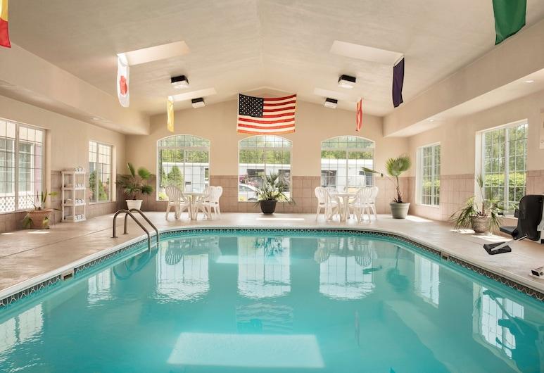 Country Inn & Suites by Radisson, Paducah, KY, Paducah, Pool