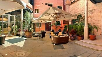 Фото Liassidi Palace Hotel у місті Венеція