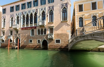 Picture of Liassidi Palace Hotel in Venice