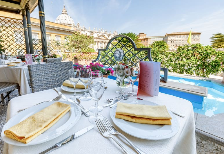 Residenza Paolo VI, Rome, Outdoor Dining