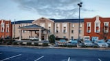 Reserve this hotel in Gadsden, Alabama