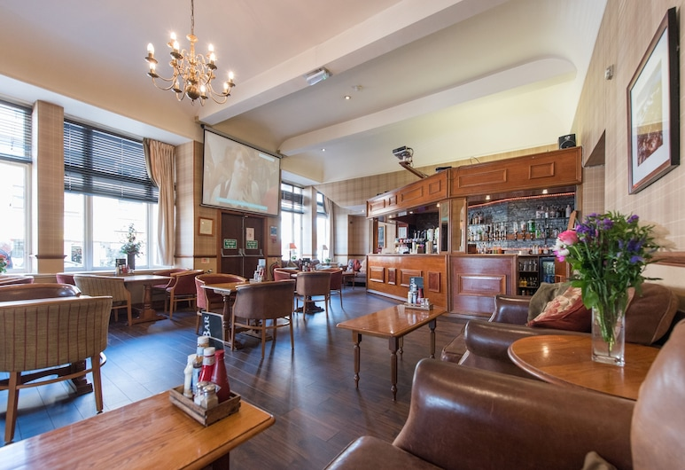 The Royal Hotel, Oban, Hotel Bar
