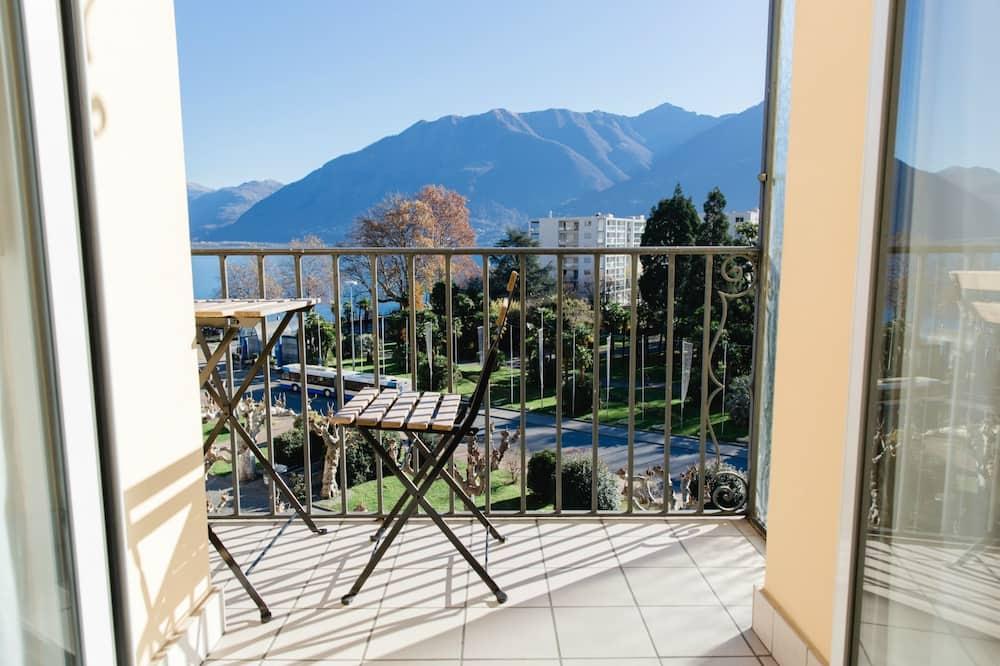 Panoramic Tek Büyük Yataklı Oda, Balkon, Göl Manzaralı - Balkon