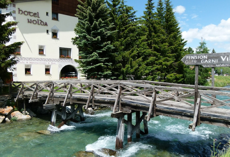 Hotel Nolda, Saint-Moritz, Façade de l'hôtel
